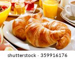 Delicious Continental Breakfas...