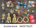 Women\'s Jewelry. Various Types...
