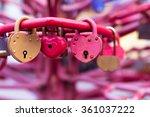 Vintage Colorful Padlocks Heart ...