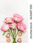 Pink Roses Bunch With Chocolat...