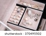 Jewelry Box With White Gold An...