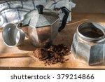 Making Italian Coffee Traditio...