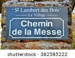 ile de france  street sign in... | Shutterstock . vector #382585222
