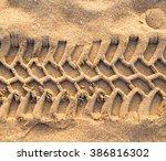 Trace Tyre Desert Sand...