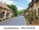 Beautiful Lulworth Village Wit...