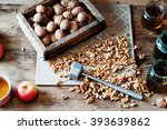 Walnut Kernels And Whole...