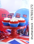 Holiday Party Cupcakes With Uk...