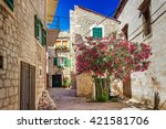 Narrow Old Streets And Yards I...