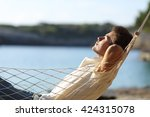 side view of a casual happy man ... | Shutterstock . vector #424315078