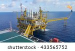 offshore construction platform... | Shutterstock . vector #433565752