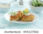Fresh Home Made Crab Cakes Wit...
