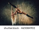 Young Blond Sexy Pole Dance...