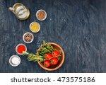 top view of fresh peppercorns... | Shutterstock . vector #473575186