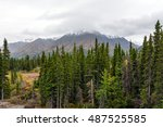 Amazing fall colors in Kluane National Park and Reserve in Yukon Territory