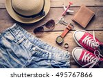 travel clothing accessories... | Shutterstock . vector #495767866
