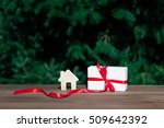 purchase of the real estate at...   Shutterstock . vector #509642392