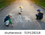 Children Is Drawing Happy...