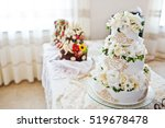 Royal Wedding Cake With Flower...