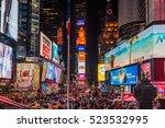 New York  Usa   November 17 ...