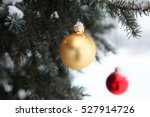 gold and red christmas tree... | Shutterstock . vector #527914726