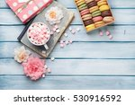 colorful macaroons in a gift... | Shutterstock . vector #530916592