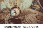 antique compass and old world...   Shutterstock . vector #532279345