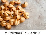 many chinese fortune cookie... | Shutterstock . vector #532528402