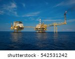 oil and gas platform in the... | Shutterstock . vector #542531242