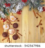 fragrant cupcakes with spices... | Shutterstock . vector #542567986