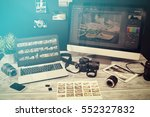 photographer journalist camera... | Shutterstock . vector #552327832