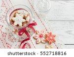 christmas gingerbread cookies... | Shutterstock . vector #552718816