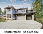 luxurious new construction home ... | Shutterstock . vector #555325582