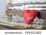 love and valentines day concept ...   Shutterstock . vector #559101382