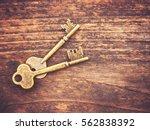 A set of old skeleton keys on a ...