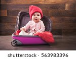 Cute Baby In Pink Travel Bag O...