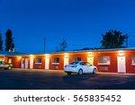 usa roadside motel in the night. | Shutterstock . vector #565835452