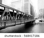 bridge over the chicago river.