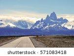 fitz roy mt near el chalten in...   Shutterstock . vector #571083418