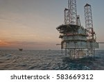 oil rig | Shutterstock . vector #583669312