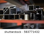 Small photo of Many aluminum profiles./Aluminum profiles colors