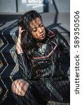 young fashion rocker in urban...   Shutterstock . vector #589350506