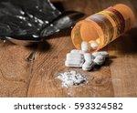 macro of oxycodone opioid... | Shutterstock . vector #593324582