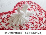 swans made from towels are...   Shutterstock . vector #614433425