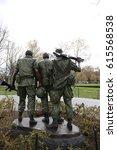 Vietnam Wall Three Men Soldier Statue
