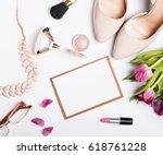Woman\'s Accessories Of Beige...