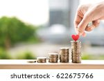 save money with stack money... | Shutterstock . vector #622675766