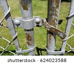 Closed Fork Latch On A Chain...