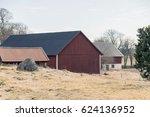 red farmhouse | Shutterstock . vector #624136952