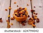 Bowl Of Raisins. Raisins On...