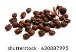 coffee beans in a circular...   Shutterstock . vector #630087995